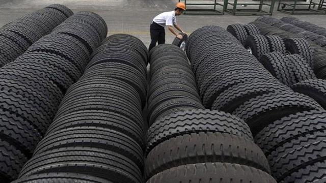 Čína odmieta obvinenia z dumpingu pneumatík v EÚ