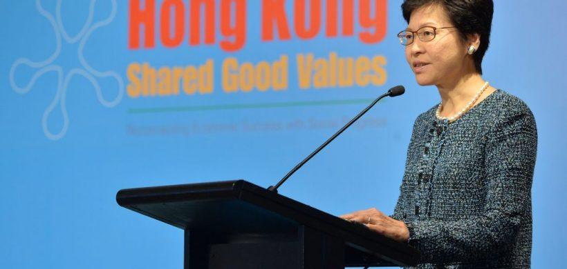 Hong Kong chce znížiť daň zo zisku